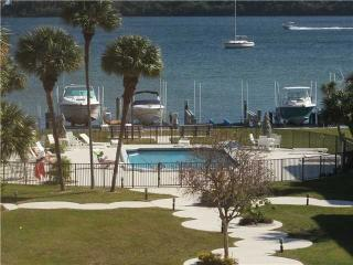 Beautiful Intracoastal Condo, Boynton Beach