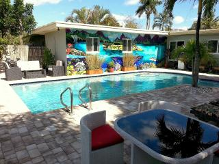 Luxury 1BR w/Pool in Heart of Lauderdale, Fort Lauderdale