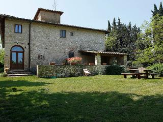Cosy apartment in Chianti area , with pool, San Casciano in Val di Pesa