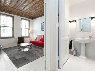 PETRA | affordable and central 1Bed!, Istanbul
