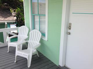 Garage Apartment, East End 600' from the water, Galveston