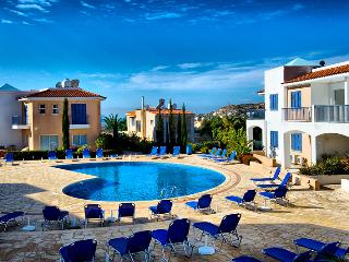 Paphos sea view penthouse with pool, Peyia