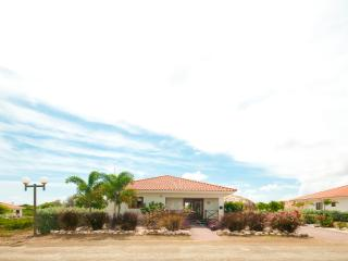 Villa Gogorobi - Luxury 6 persons villa with private pool and garden on Curaçao, Curacao