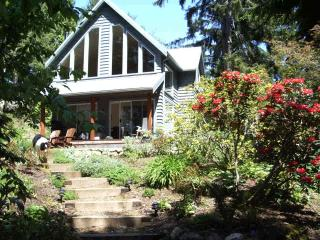Spindrift Cottage at French Beach, Sooke