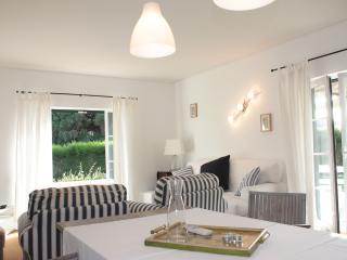 119367 - 3 bedroom fully air conditioned luxury villa - Located in the luxury Vila Bicuda Resort - Sleeps 7 -  Cascais