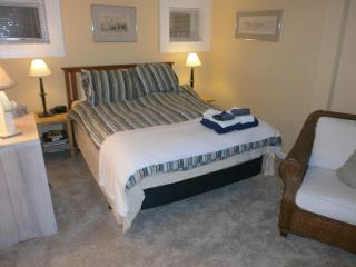 West End 3bdrm/2bath,Deck,Parking Bbq Grill and Washer/Dryer, Provincetown