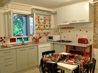 Red apartment in a historical Kuzguncuk house, Istanbul