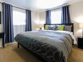 Great Price – 4BD/2BA Netflix, Xbox & 3 HDTVs - Salt Lake City vacation rentals