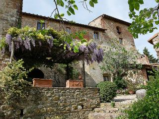 Tuscan Country house in the chianti area with pool, San Casciano in Val di Pesa
