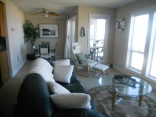 Great Ocean Front View Condominium Rockaway Beach!