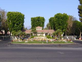 Palm Desert Resort & Country Club - Pool and Spa