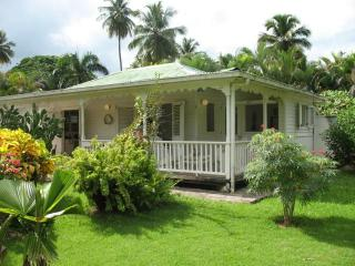 CARIBBEAN VILLA in QUIET tropical parc condo. WiFi. *No Car Needed* Close to every thing, Las Terrenas