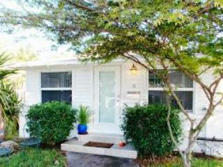 Dania Beach Bungalow - Dania Beach vacation rentals