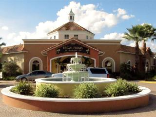 0002144- 3BR Upgraded Town Home in Regal Palms Resort, Davenport
