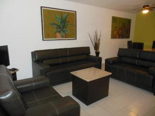 Agave 2 BR Apartment, the best location. C001, Playa del Carmen