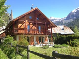 Beautiful Chalet Vallouise Puy Saint Vincent sleeps 8 - Hautes-Alpes vacation rentals