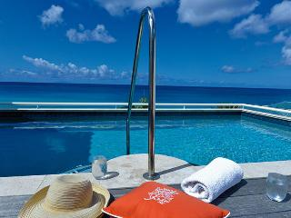 Villa Luna St. Martin Villa 270 This Beautifully Furnished Villa Is Located In The Private Gated Shore Pointe Just Steps From Cupecoy Beach., St. Maarten-St. Martin