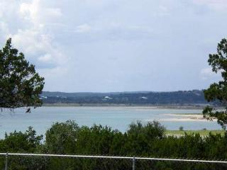 Limin' Lake -Great Views, Pool, Hot Tub & Gameroom, Canyon Lake