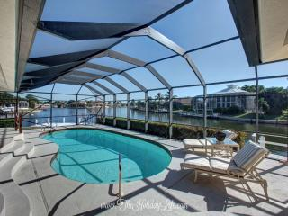 BARFIELD - Boater's Dream Lot, Modern Interior, Marco Island