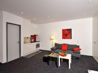 Vacation Apartment in Aalen - 344 sqft, central, modern, clean (# 4458)