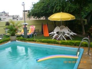 2BR cosy Ap w/pool and 3 BR separated in Santa Teresa, Río de Janeiro