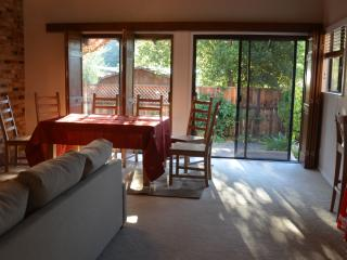 Wine Country Retreat *Kid Friendly*! Spacious!, Sonoma