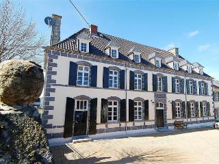 Renovated house dates 1809 with group facilities, Saint Priest des Champs