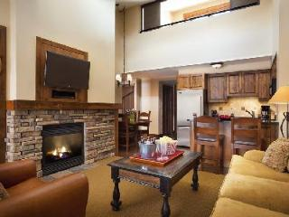 Teton Mountain Lodge & Spa Bi-Level Two Bedroom Suite, Ski-in/ski out & jacuzzi - Teton Village vacation rentals