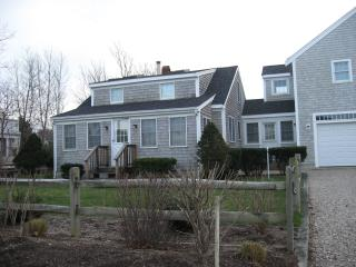 3BR 11 Uncle Johns Way, Dennis, MA.