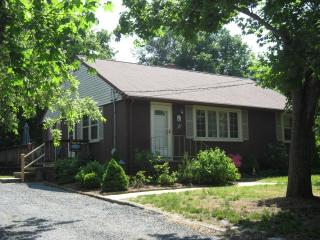 3BR 31 Lombardi Heights Rd, Dennis, MA