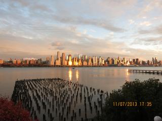 SUPER BOWL RENTAL - Gorgeous Waterfront Condo With Stunning NYC View - West New York vacation rentals