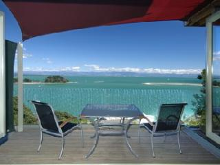 Harbour View Apartment 1: Awesome Tasman Bay view, Nelson