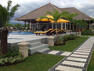 Luxury private villa directly on the beach of Bali, Temukus