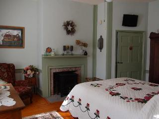 James Manning House B&B - Berks Room - Pennsylvania vacation rentals