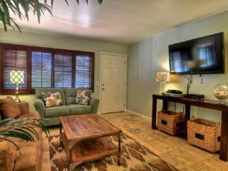 1 block to Carlsbad Beach! Hot Tub & patio! - San Clemente vacation rentals