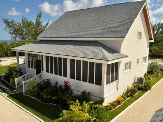 Georgeous 3 Bdrm -  Across the Street from Beach! - Tar Bay vacation rentals