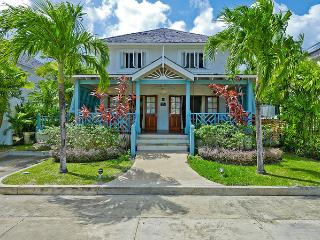 4 Bed Luxury Barbados Rental Villa, Pool and Beach, St. James