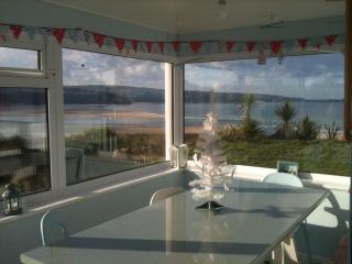Bright old seaside house with superb beach views, Hayle