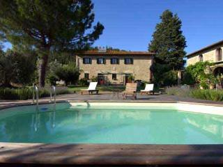 Cottage finely renovated with swimming pool overlooking the Tuscan hills, Montespertoli
