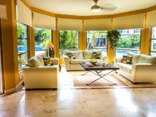 Ground Floor Show Home off of the Tranquil Pool, Playa del Carmen