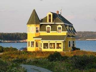 Seaside Victorian B&B just 30 min from Halifax NS, West Dover