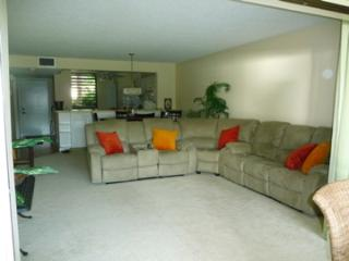 Lake View 1st Floor Condo near IMG & Ocean, Bradenton
