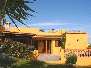 Holiday home with large garden  for 5 people - ES-1071216-Valleseco, El Zumacal - Teror vacation rentals