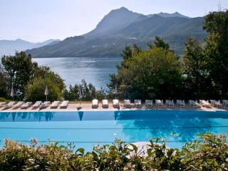 100m2 apartments with a large terrace  for 2-8 people - FR-1074763-Chorges - Chorges vacation rentals
