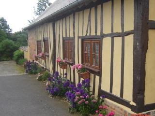 Holiday house in the valley of Auge 30km from Lisieux - FR-466-Le Sap - Basse-Normandie vacation rentals