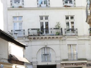 Nice appartment in Nantes  - FR-749-Nantes - Western Loire vacation rentals