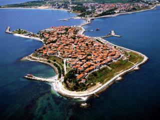 Two Bedroom apart/house on the World Famous Old Town of Nessebar, a prestigious UNESCO world heritage site. - Nessebar vacation rentals