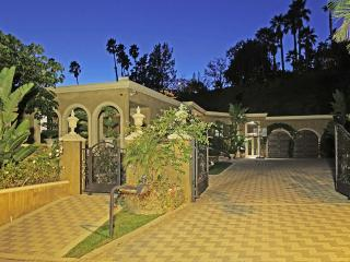 Private Gated Luxury Estate  in Beverly Hills