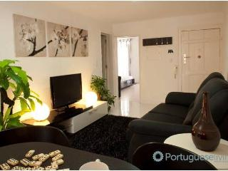Lisbon Apartment Travessa da Bica - Lisbon vacation rentals