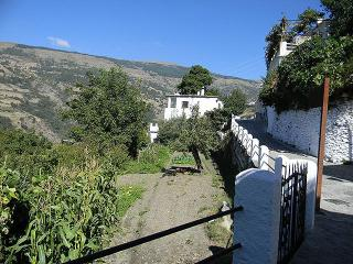 Holiday Rental Flat in La Alpujarra for up to 6, Bubion